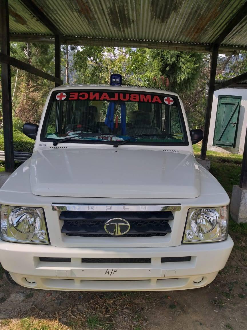 Neuer Krankenwagen für die tibetische Siedlung Tenzingang