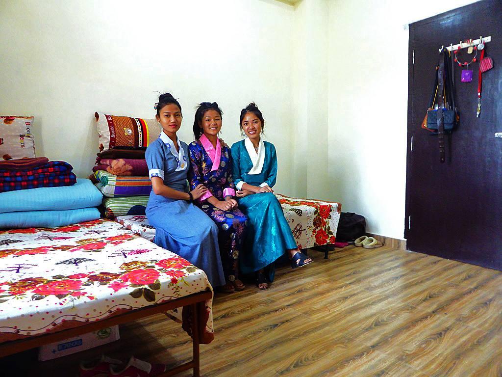 Tibeterinnen Studentinnen TIPA