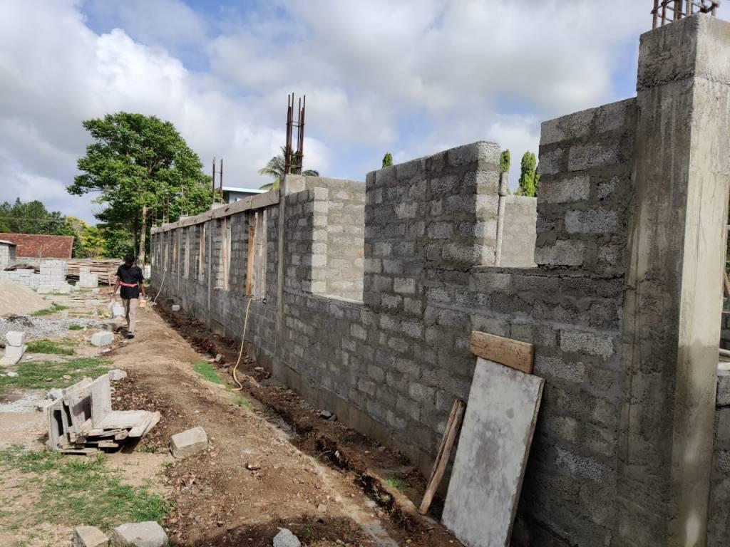 Aussenmauern Neubau Sambotha School