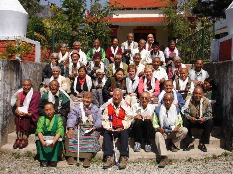 Senioren im Altenheim Indien